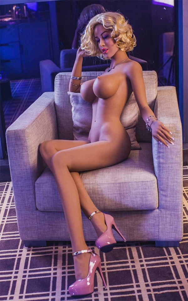 1016_Marylou_Deluxedolls_jellynew_sexpuppe_sex_doll_real_doll_Bild1