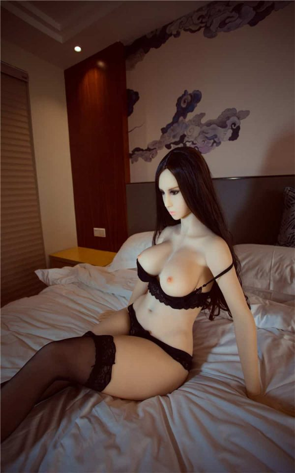 5003_Bella_Deluxedolls_irontech-doll_sexpuppe_sex_doll_real_doll_Bild2